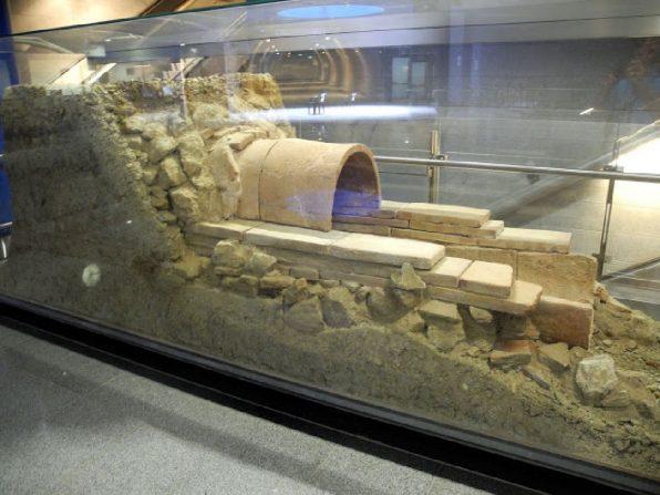 Ceramic Tube Showcase – Ag. Marina Metro Station